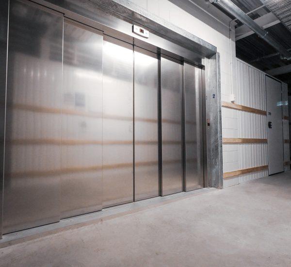 Heavy Duty Vehicle Lift Exterior