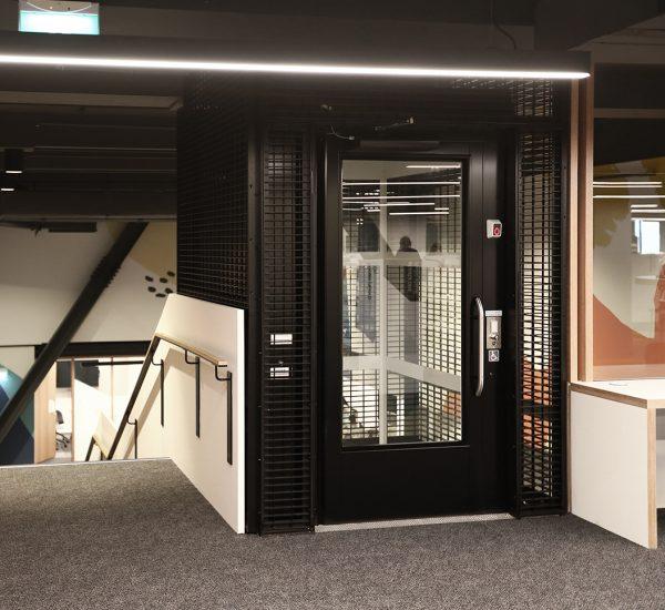 Commercial Lift Exterior